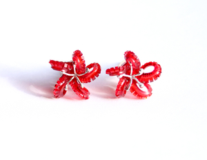 Underwater World Earstuds, curly