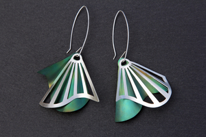 Radiating Swirl Dangle Earrings Green